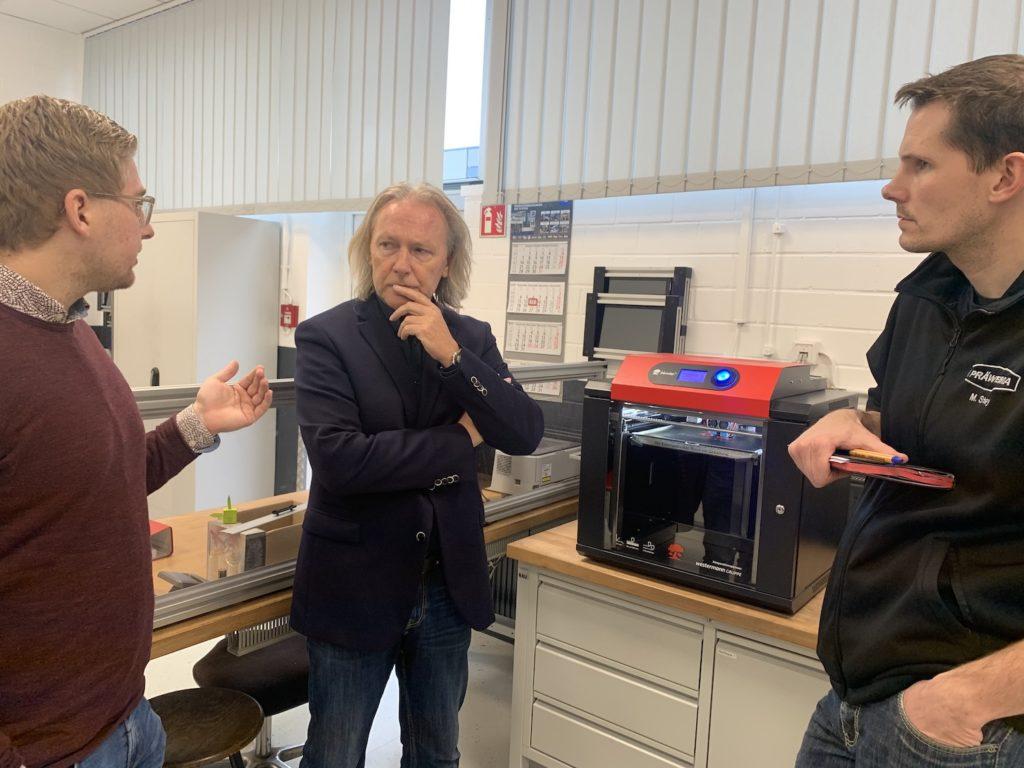 trainingszentrum-industrie-4-0-bekommt-3d-drucker-fuer-ausbildung-und-praxis-001